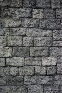 Mauer trocken legen